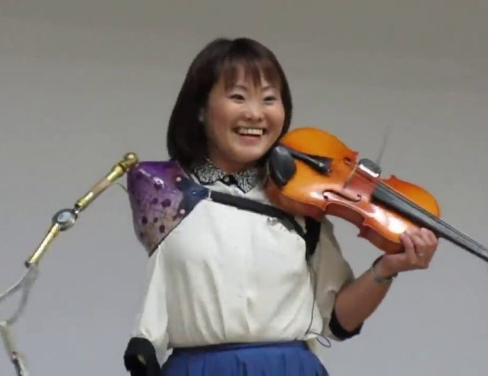 Inspirational Amputee Violinist Plays on Against All the Odds