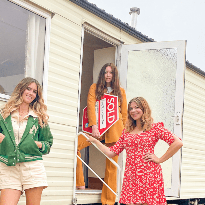 Inside The UK's Most Glam Caravan With Its Own 1970s Vibe
