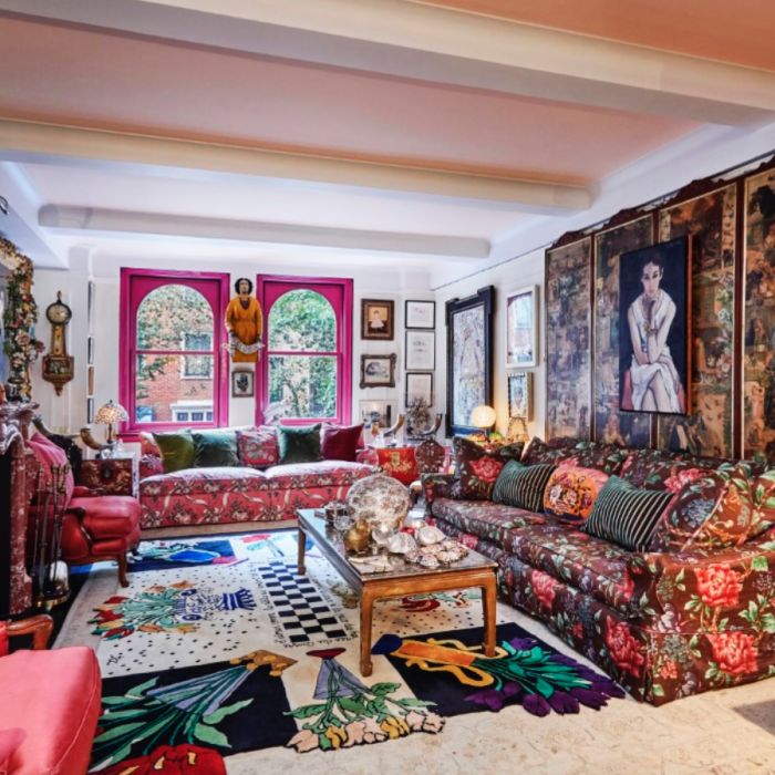 Gloria Vanderbilt's Apartment Is As Vibrant As She Was