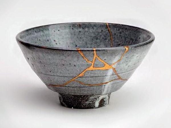 Learn The Art Of Flaunting Your Flaws With Kintsugi